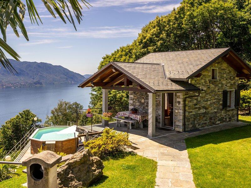 La Scoiattolo (CNR350), vacation rental in Cannero Riviera