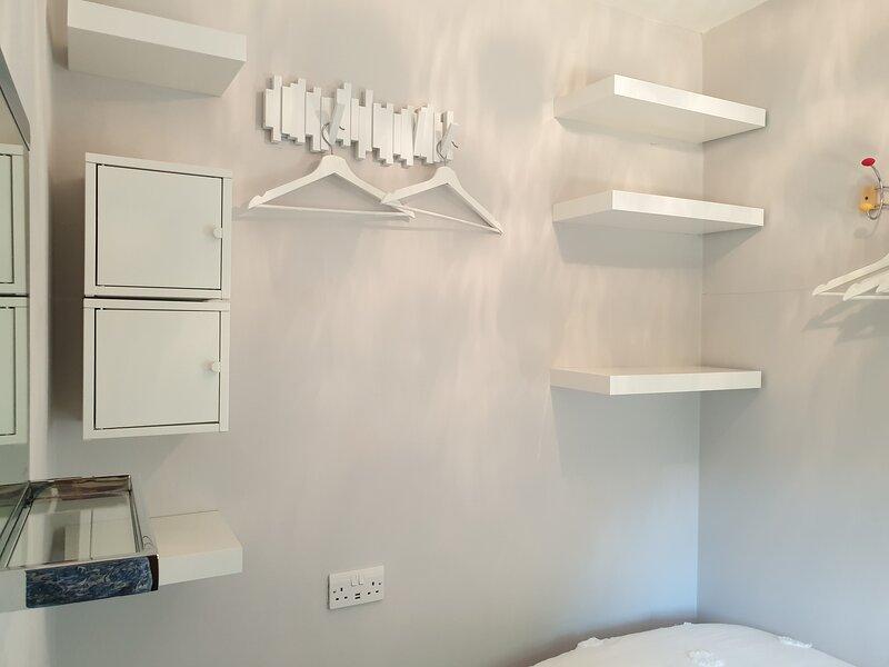 Single bedroom pix 2 of 2