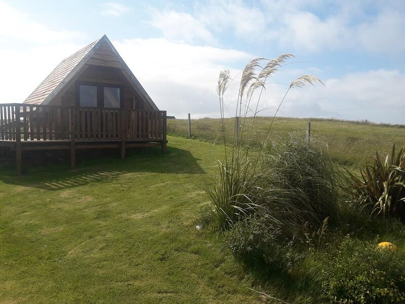 Swan View Lodge, holiday rental in North Uist