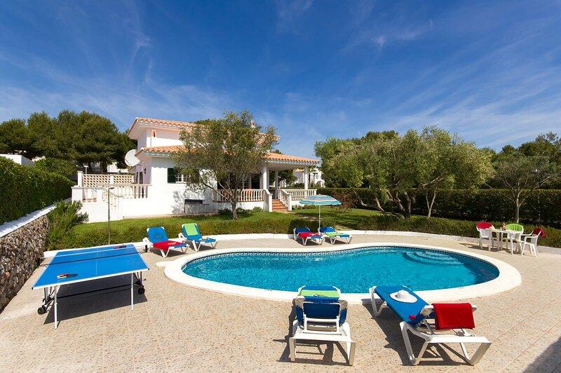 Villa Arenal, holiday rental in Cala d'Alcaufar
