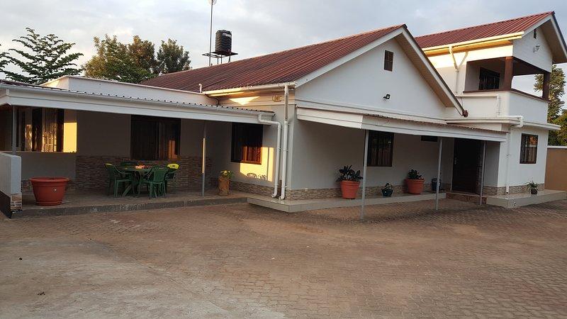 Kilimanjaro Lyimo's House2, Ferienwohnung in Shiri