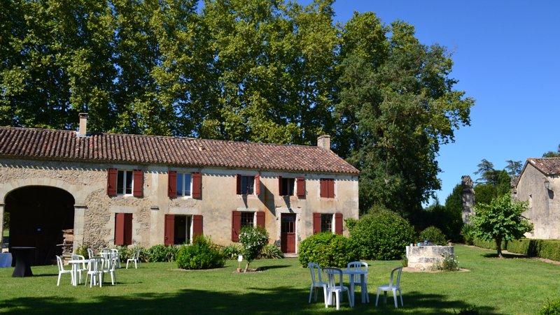 La maison de Simone - Château de Poudenas, holiday rental in Mezin