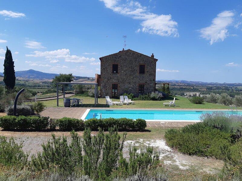 Podere Erba casetta con piscina e giardino, holiday rental in Cana