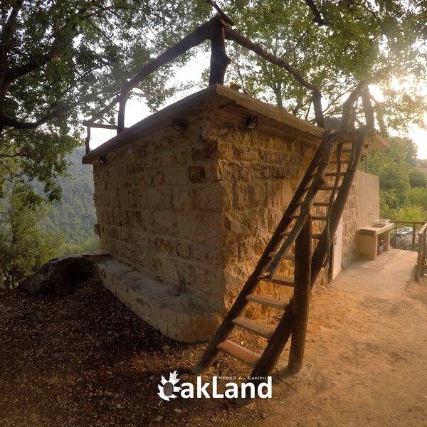 OakLand Nebe' Al Sakieh, location de vacances à Ehden