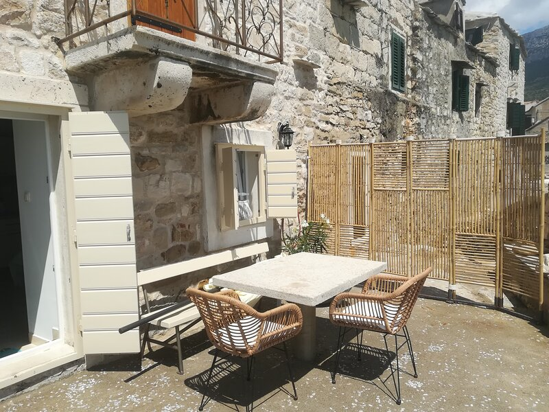 Apartment in the fortress on the sea, holiday rental in Split