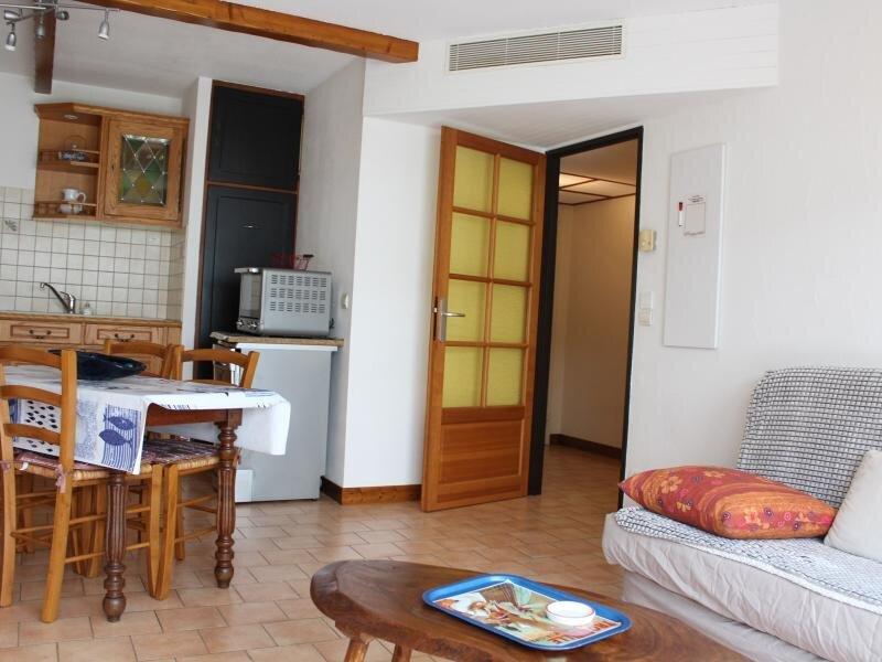 Appt 2 pièces 4 couchages LA ROCHELLE, vacation rental in La Rochelle
