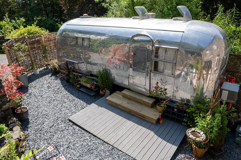 Dixie Airstream - American Airstream Caravan near Windermere, holiday rental in Staveley