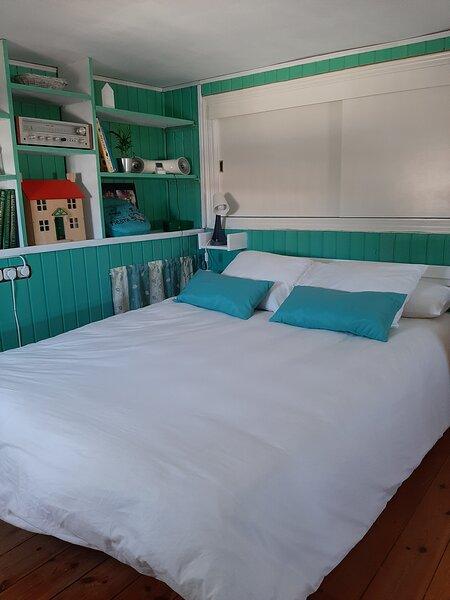 detalle habitacion cama de 150