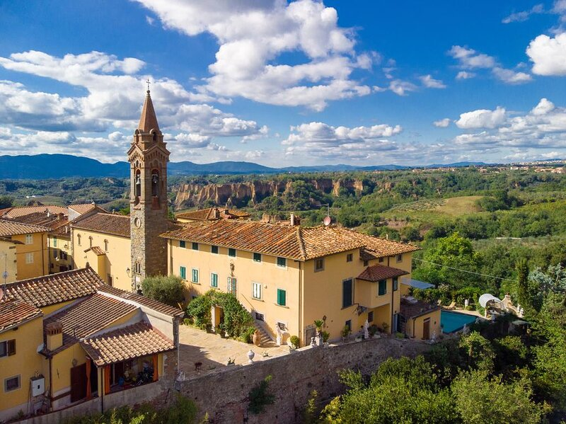 Fattoria di Piantravigne Villa Storica del 600, holiday rental in San Giovanni Valdarno