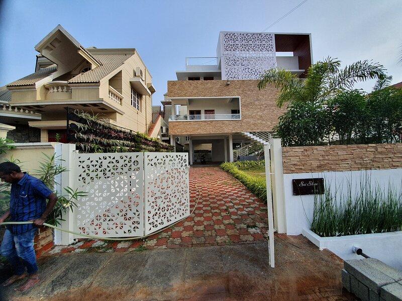 Rent On comfort 3BHK Homestay, aluguéis de temporada em Mysore