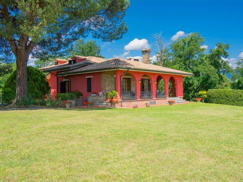 Villa Taioli (MCL110), holiday rental in Luciani