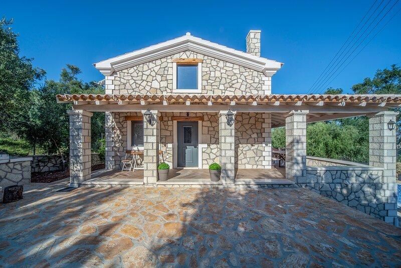 Daphne Villa 3, location de vacances à Velonades
