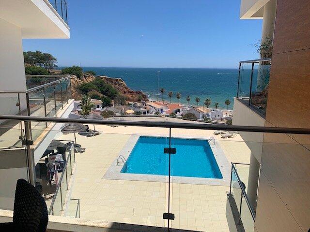 Luxurious Ocean View Apartment, aluguéis de temporada em Albufeira