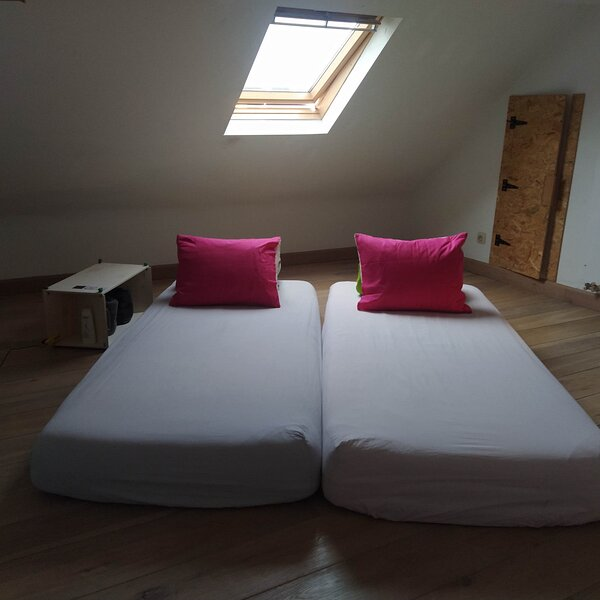 Star room, holiday rental in Sint Andries