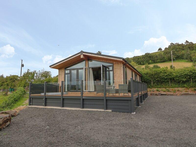 Ash Lodge, Llangurig, vacation rental in Pant-y-Dwr