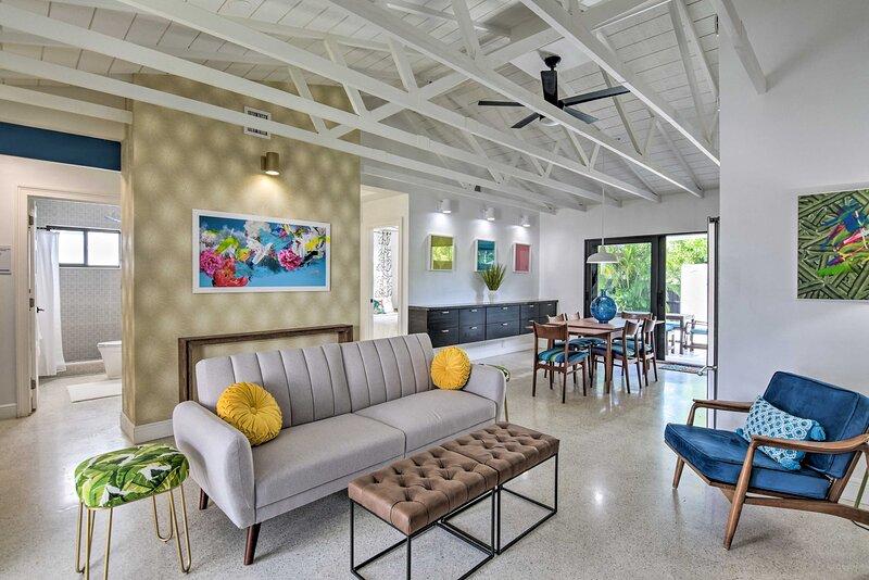 NEW! Artists' Paradise ~3 Mi to Lauderdale Beaches, casa vacanza a Oakland Park