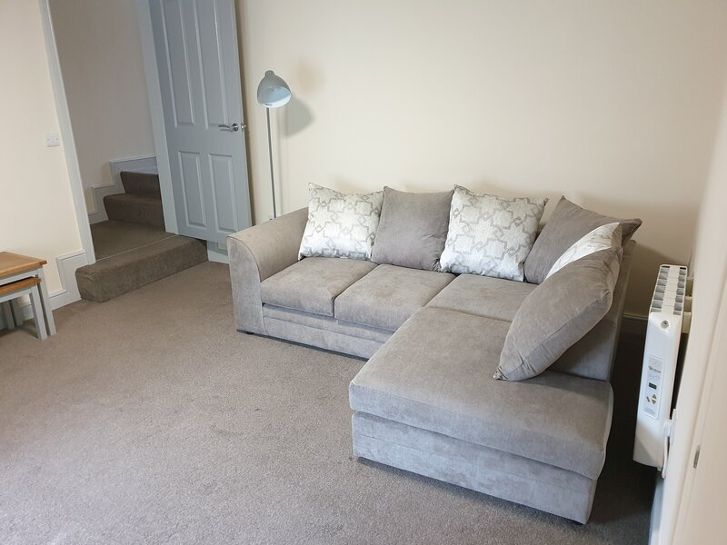 Inviting 2-Bed Apartment in Carlisle, holiday rental in Bailey Mill