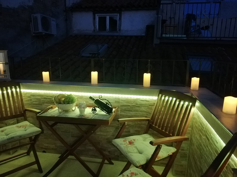 JMJ apartmaji Piran – Apartment 4-Piran with terrace and view, holiday rental in Piran