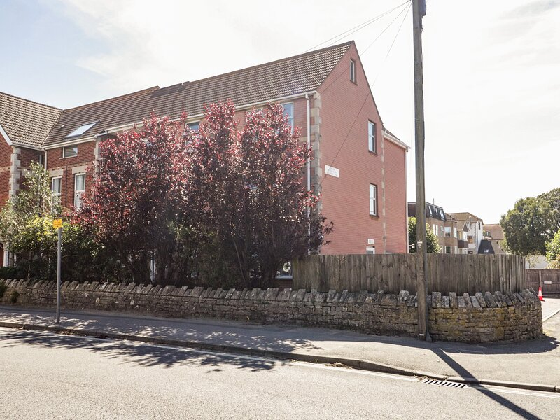 Swanage Town Apartment, Swanage, vacation rental in Studland