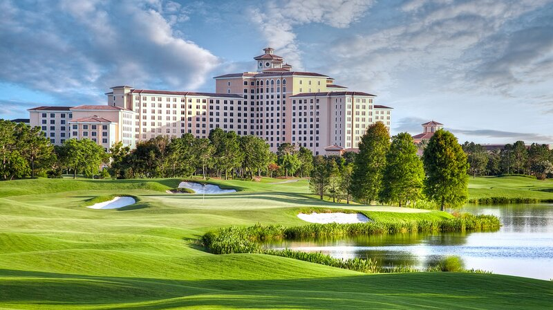 Rosen Shingle Creek Resort Hotel Room for 2 Guests, holiday rental in Southport
