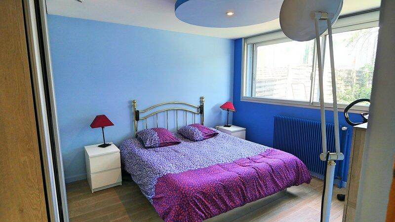 Nice apartment with garden & Wifi, aluguéis de temporada em Orcines