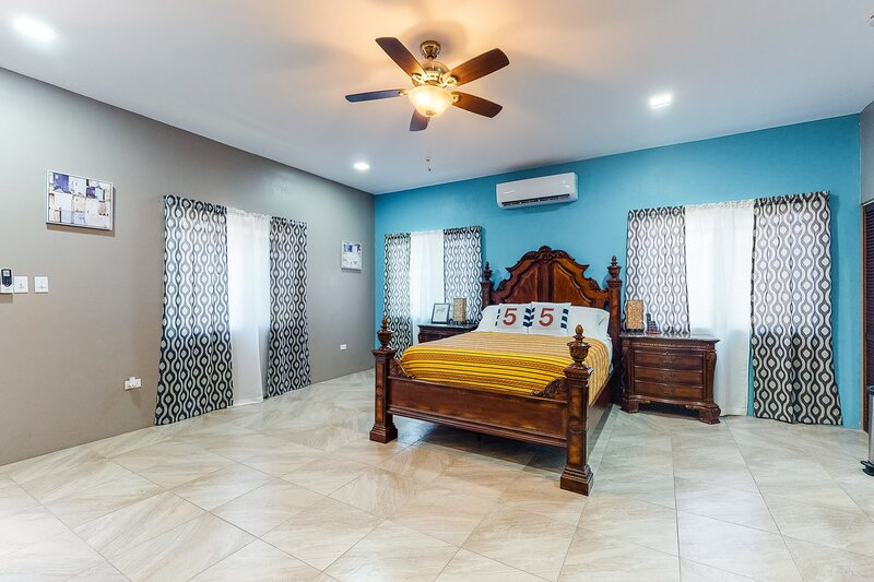 Well-appointed downtown studio w/ WiFi & partial AC - walk to everything in town, aluguéis de temporada em Unitedville