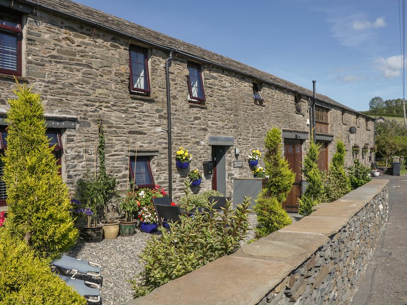 THE STUDIO MALT KILN COTTAGES, WiFi, Off-road parking, Kirkby-in-Furness, holiday rental in Kirkby in Furness