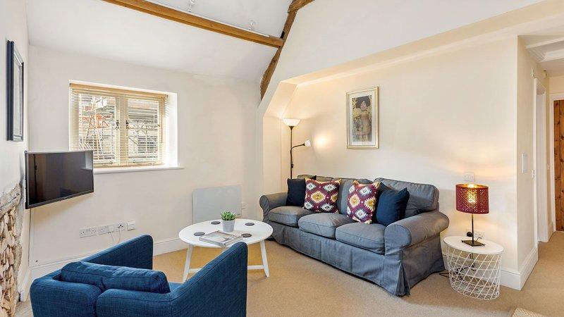 Modern Apartment off Burford High Street, location de vacances à Holwell