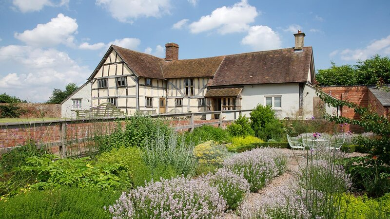 Traditional Country Home in North Cotswolds, vacation rental in Tewkesbury