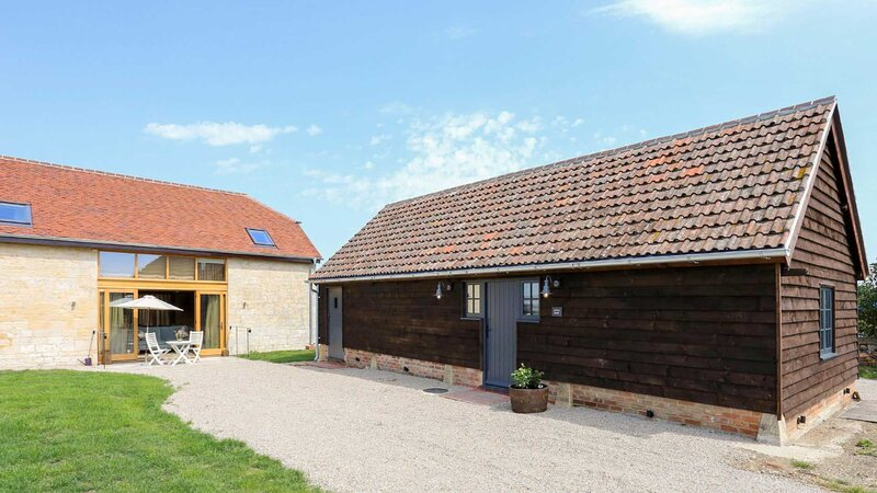 Classic Family Barn Conversion in Radcot, location de vacances à Clanfield
