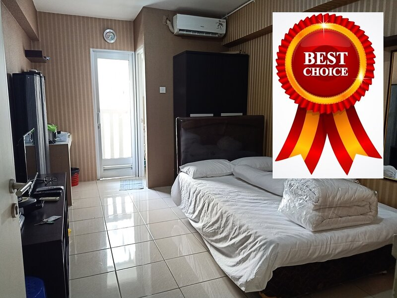 Apartment Green Bay Pluit Cozy and Comfy Studio, vacation rental in Tangerang