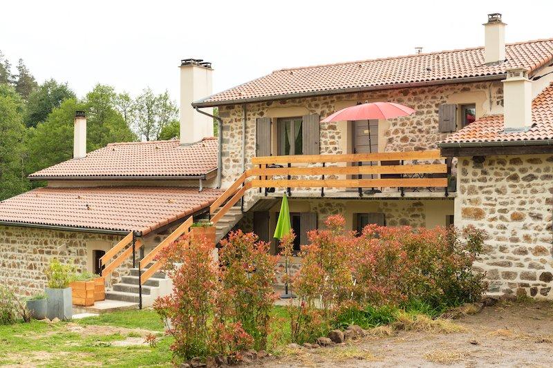 Gite d'Leau  rust, ontspannen en genieten, holiday rental in Saint-Julien-d'Ance