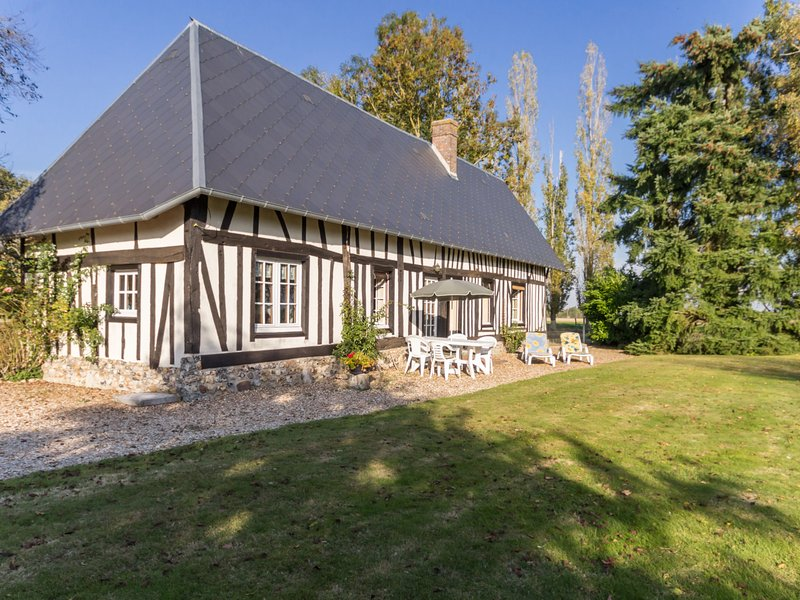 Le Chatellier Saint Pierre (NOY500), holiday rental in Breteuil