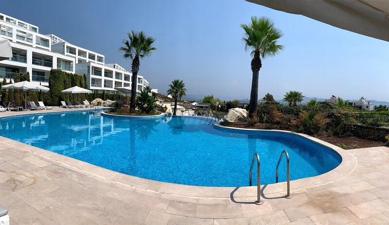 2 Bed Duplex for 6, alquiler de vacaciones en Península de Bodrum