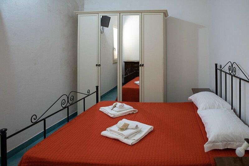 Appartamenti Fardella 250 Perla 1, location de vacances à Casa Milazzo