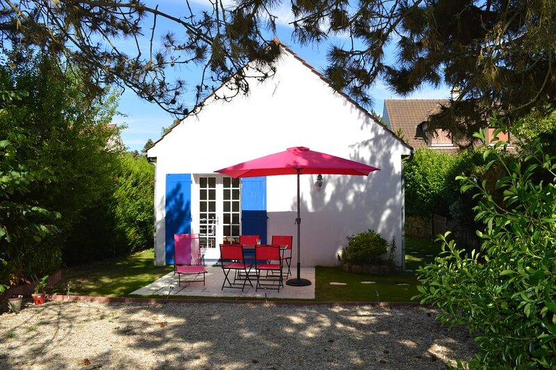 Florynie (By LiVia), holiday rental in Soisy-sur-Ecole