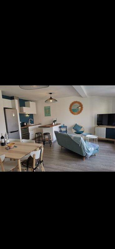 Appt T3 + terrasse de 15 m2 au cœur de Soulac, aluguéis de temporada em Le Verdon Sur Mer