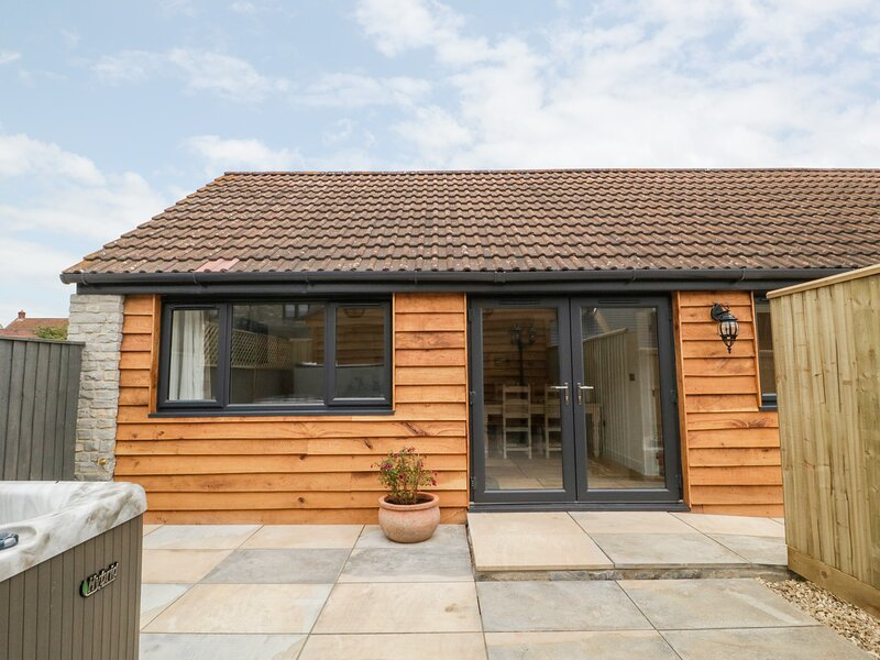 The Acorn, Langport, holiday rental in Othery