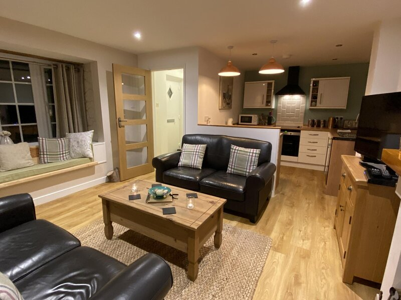 The Maltings - 2 Bedroom Apartment - Saint Florence- Tenby – semesterbostad i St. Florence