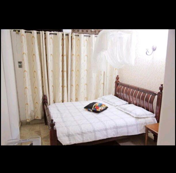Subtle & Sublime 1BR1B, location de vacances à Kampala