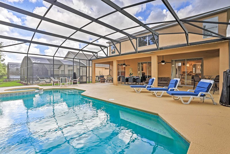 Fun-Filled Resort Home w/ Pool - 14Mi to Disney!, vacation rental in Intercession City