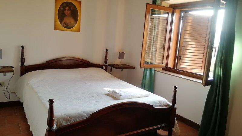 appartamento 2 persone agriturismo Villa Luzi, holiday rental in Appignano