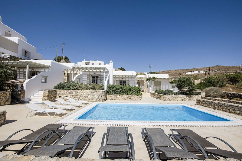 Marvi House, holiday rental in Ornos