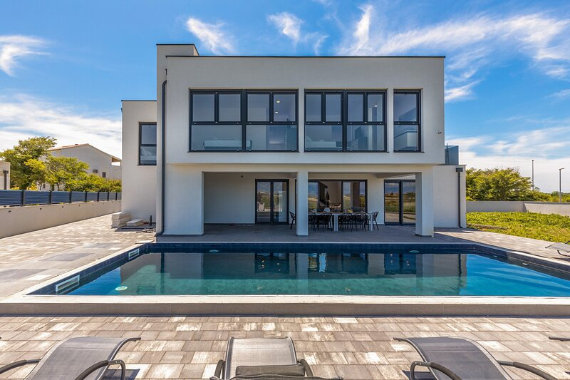 Amazing Villa Nin,in Dalmatia,with a Pool, holiday rental in Nin