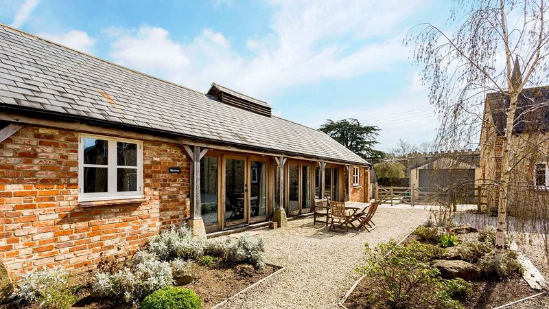Bright Cotswolds Home near Littleworth, vacation rental in Faringdon