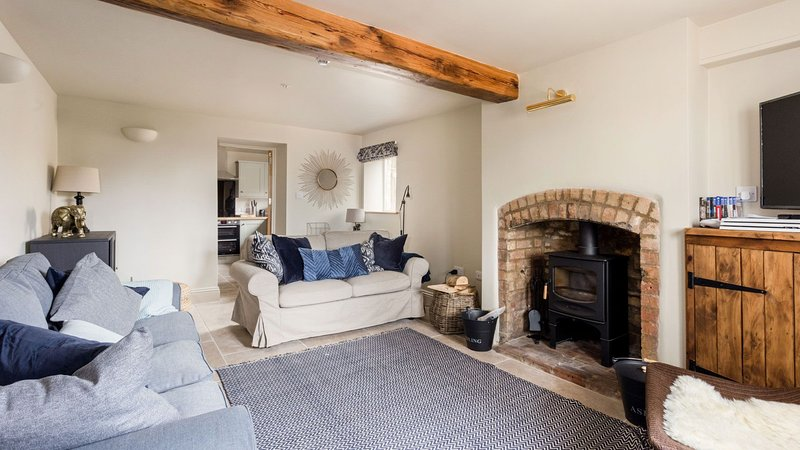 Spacious 4 bed Home with Fabulous Cotswold views, casa vacanza a Moreton-in-Marsh