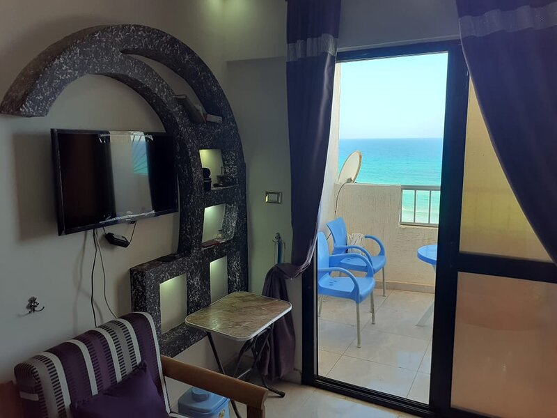 Apartment with sea view located on the mediterranean shore in Agamy , Alexandria, vacation rental in Alexandria Governorate