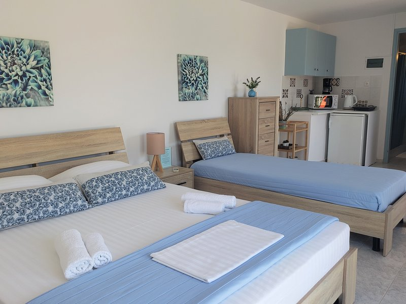 Malibu Master Suite with Balcony (A), Ferienwohnung in Lassi
