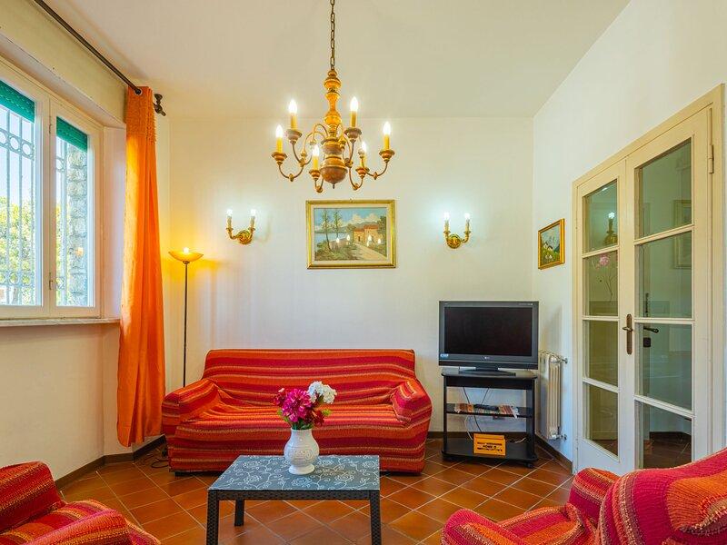 Lorena, holiday rental in Lido Di Camaiore