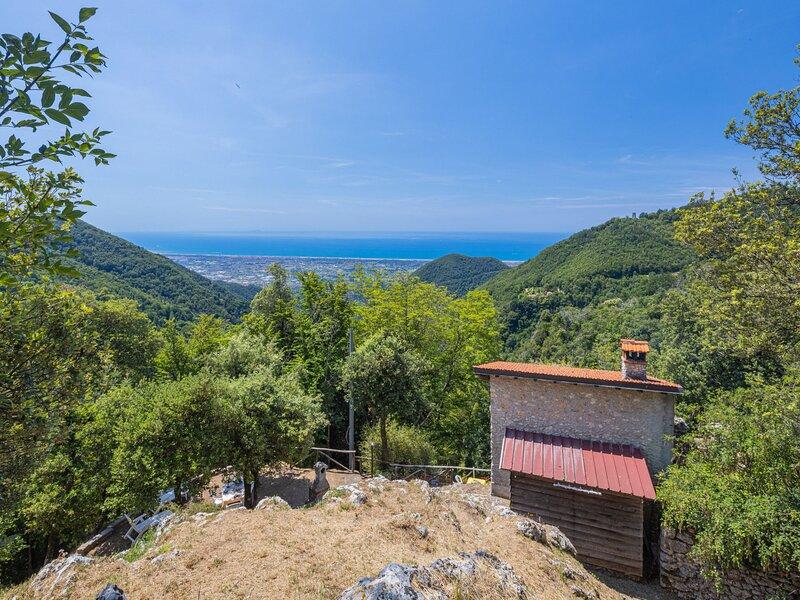 Vincio (CMA350), casa vacanza a Valdicastello Carducci